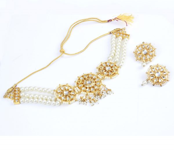 White pearl traditional jewelry