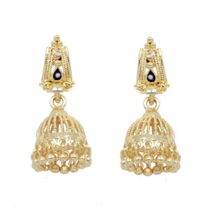 Golden Colored Elegant Kundan Earrings